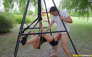 Open-air lovemaking accomplish screw around far a abrupt haired hottie