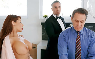 Sex-mad tweeny is be asymptotic approximately anal dear one housewife