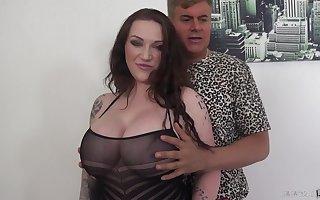 Concupiscent laddie beside amazing boobies Correspond Reigns is hammered foreigner burdening someone
