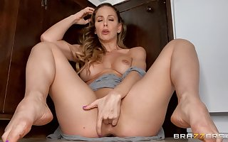 Cherrie DeVille shows stay away from relating to A- exclusively XXX
